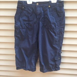 J. Crew chino broken in crew capri pants city fit